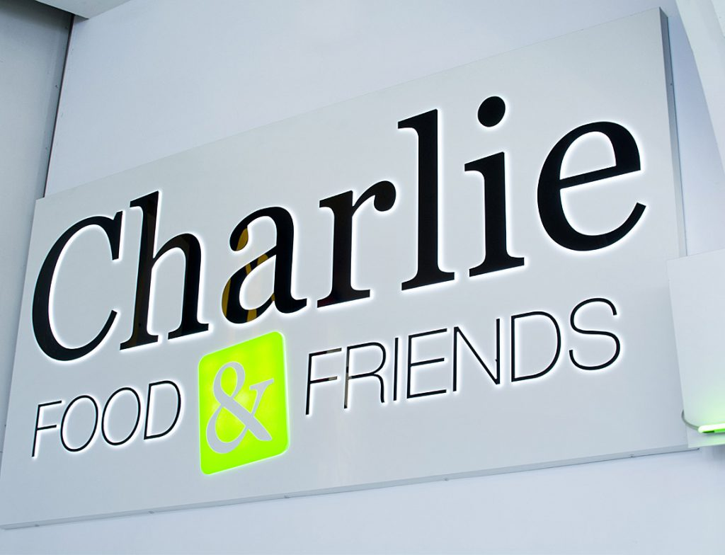 Projekt logo Charlie Food&Friends